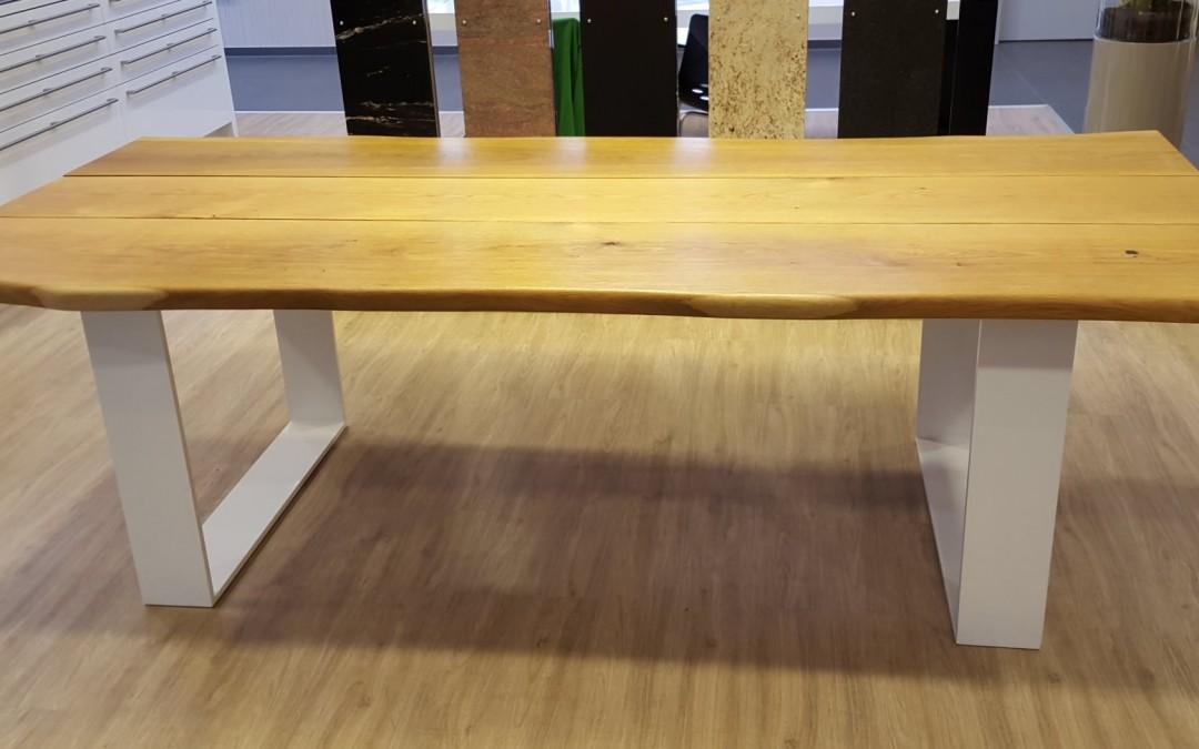 mainTisch Masstisch Massivholztisch Esstisch Esszimmertisch Schreibtisch Eiche massiv Bohlen Stahl Gestell 2