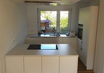mainTisch Küche Beton 11