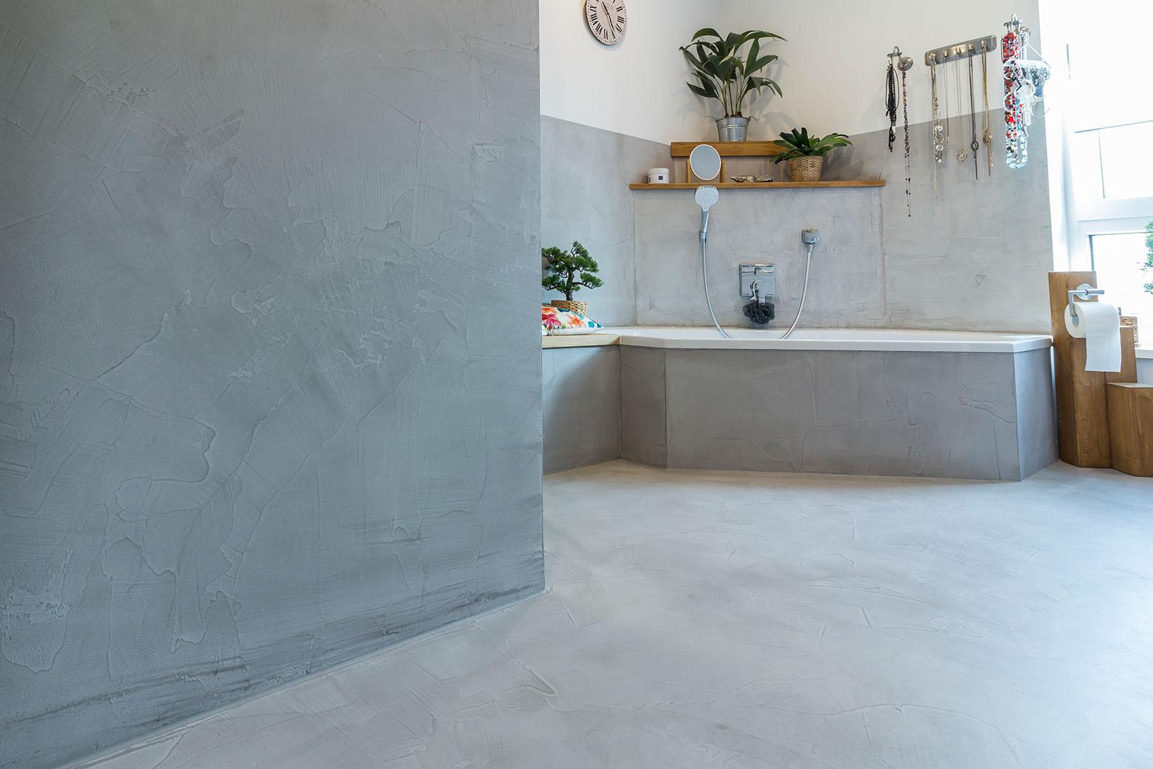 Betonboden gespachtelt fugenlos Wand grau Küche Bad Badezimmer Außenküche Grill Tisch Möbel mainTisch mainBeton mainGrill 3