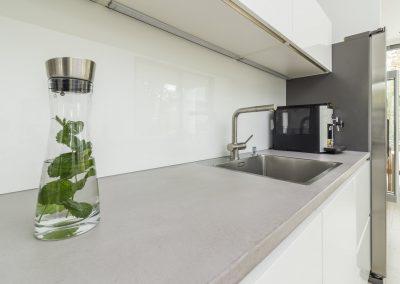 mainTisch Küche Beton 2
