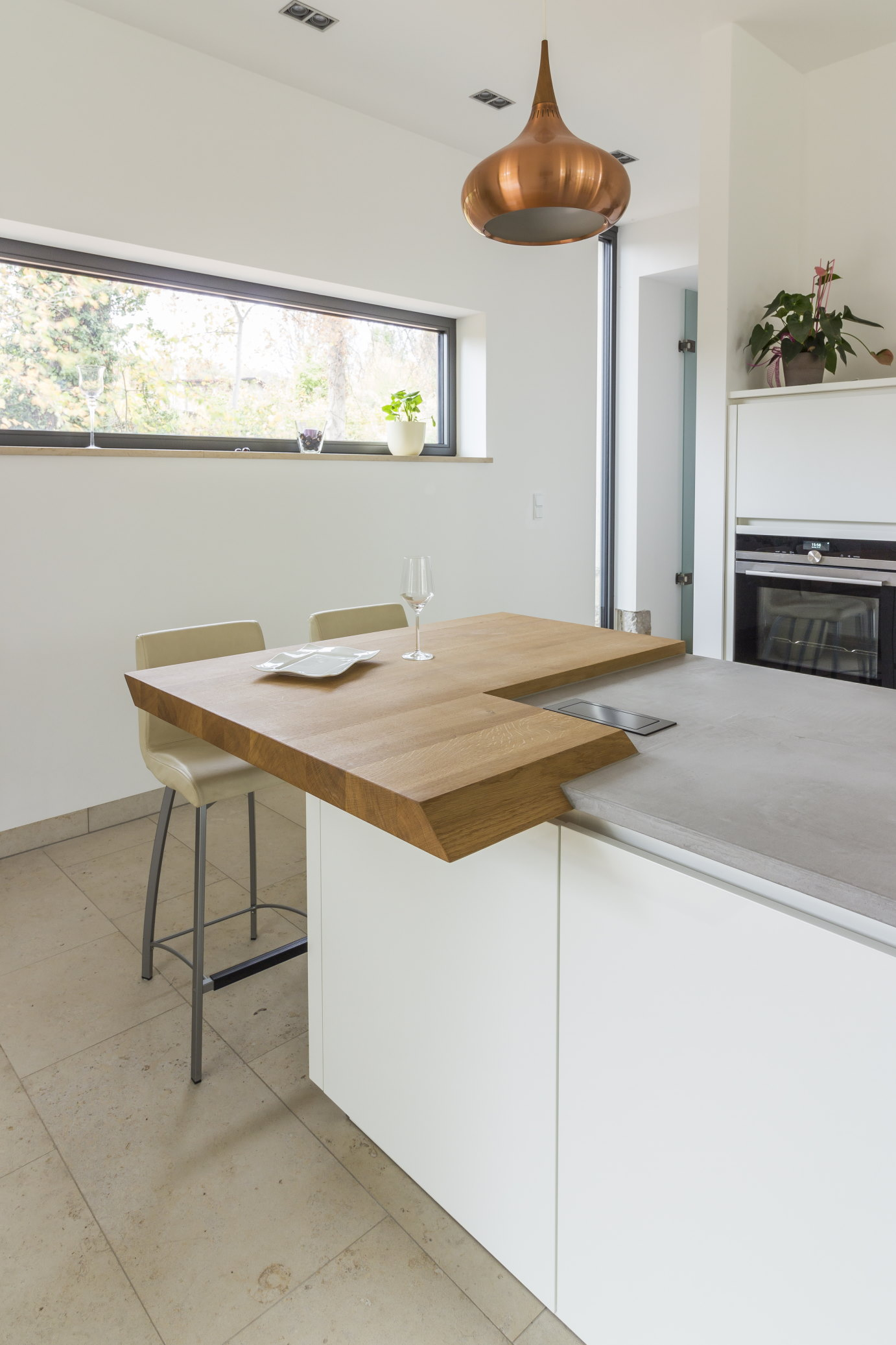 mainTisch Küche Beton 1